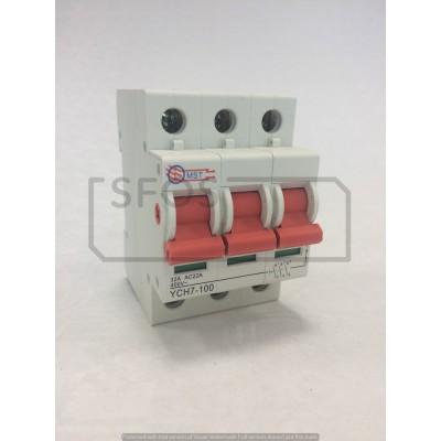 Hlavný vypínač YCH7-3P/400V/32A
